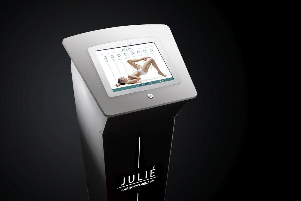 Julie_